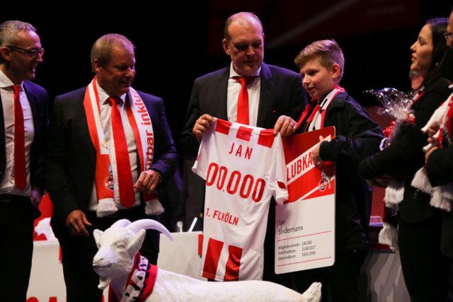 100.000 Mitglied, Schmadtke, Wehrle