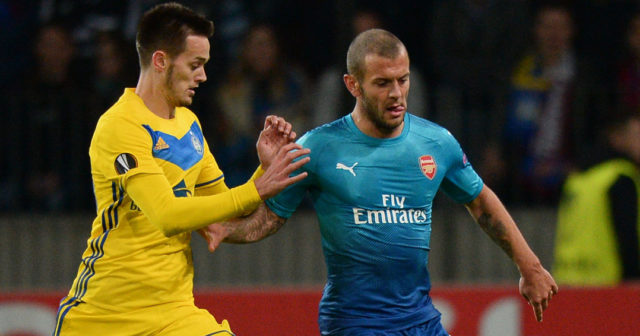 BATE Borisov's midfielder from Montenegro Mirko Ivanic (L) and Arsenal's midfielder from England Jack Wilshere vie for the ball during the UEFA Europa League Group H football match between FC BATE Borisov and Arsenal FC in Borisov, outside Minsk, on September 28, 2017. / AFP PHOTO / Maxim MALINOVSKY (Photo credit should read MAXIM MALINOVSKY/AFP/Getty Images)