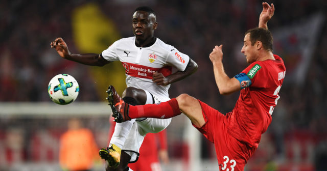 STUTTGART, GERMANY - OCTOBER 13: Orel Mangala of VfB Stuttgart is challenged by Mathias Lehmann of 1.FC Koeln during the Bundesliga match between VfB Stuttgart and 1. FC Koeln at Mercedes-Benz Arena on October 13, 2017 in Stuttgart, Germany. (Photo by Matthias Hangst/Bongarts/Getty Images)